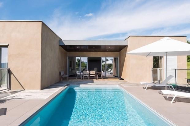 Villa contemporaine haut de gamme avec piscine chauffée privée et SPA. - Espalion