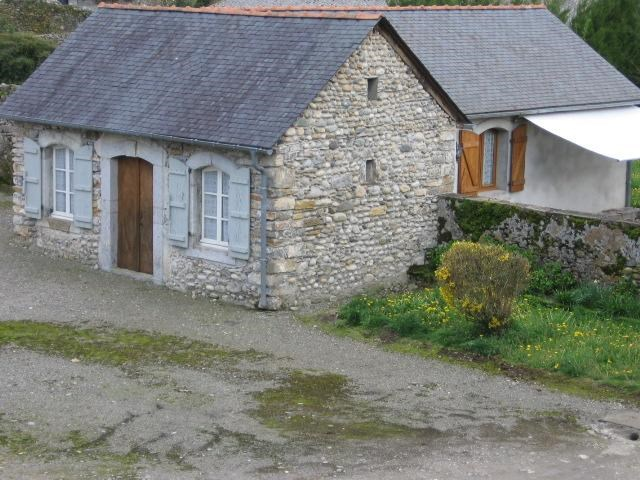 Holiday rentals Igon - House - 6 persons - BBQ - Photo N° 1