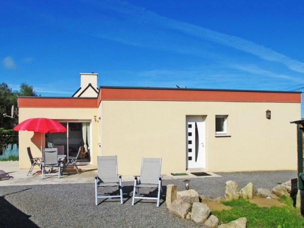 Location vacances Kerlouan -  Maison - 4 personnes - Barbecue - Photo N° 1