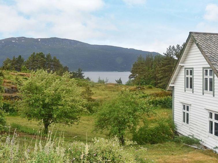 Studio pour 6 personnes à Eikefjord