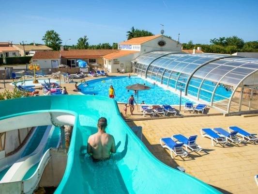 Location vacances Givrand -  Maison - 6 personnes - Court de tennis - Photo N° 1
