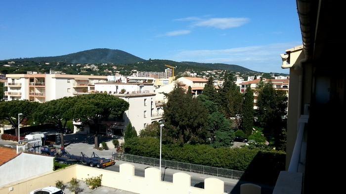 Location vacances Sainte-Maxime -  Appartement - 5 personnes - Salon de jardin - Photo N° 1