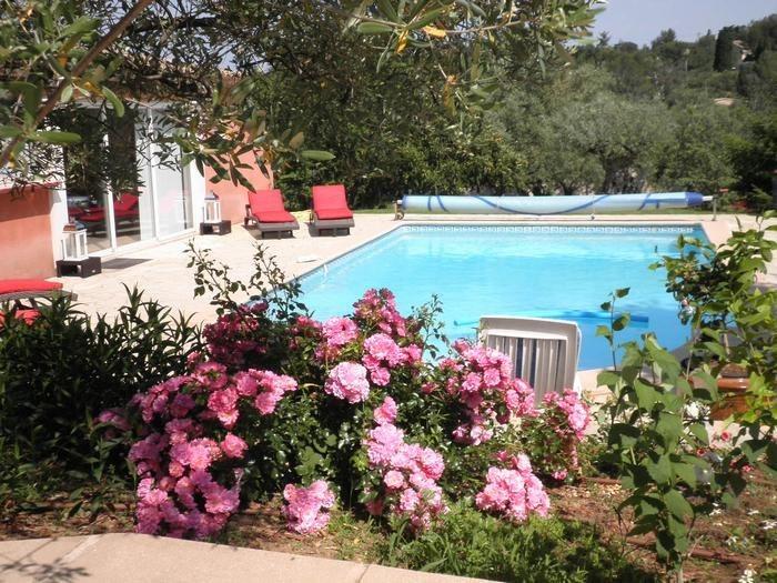 Villa pour 4 pers. avec piscine privée, Nîmes