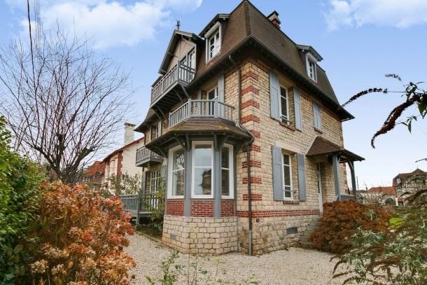 Belle villa normande à proximité de Deauville