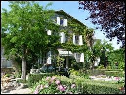 """Chambres d'hôtes """"La Maison du Peintre"""" à Azillanet dans l'Hérault sur la route de Minerve"""