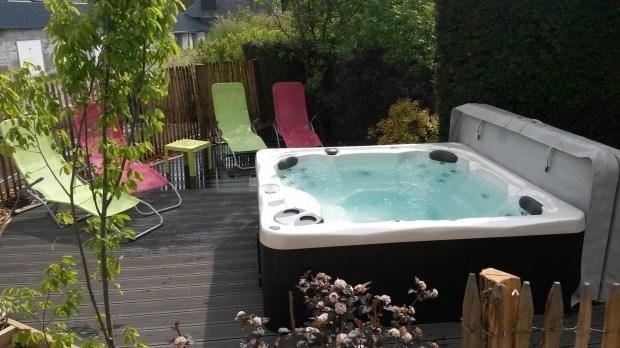 gite grande capacité avec son spa - Saint-Victor-la-Rivière