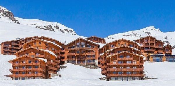 9 pièces 16 personnes - 170m² - Située dans les hauteurs de la station de Val Thorens, cette résidence authentique co...