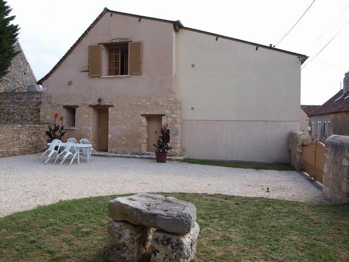 Location vacances Angles-sur-l'Anglin -  Maison - 4 personnes - Barbecue - Photo N° 1