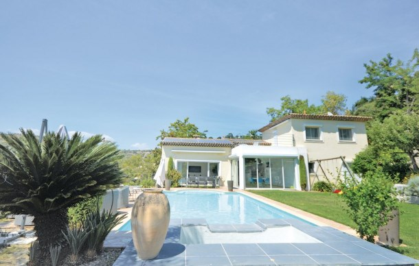 Location vacances Biot -  Maison - 8 personnes - Barbecue - Photo N° 1