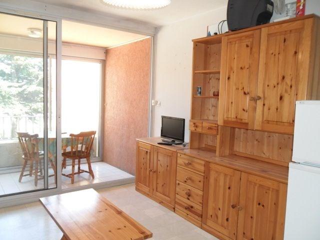 Appartement 2 pièces de 30 m² environ pour 4 personnes, située à 400 m de la plage et à proximité des commerces, la R...