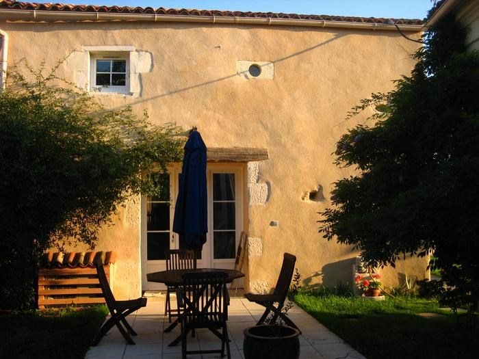 Location vacances Rochefort -  Maison - 4 personnes - Barbecue - Photo N° 1