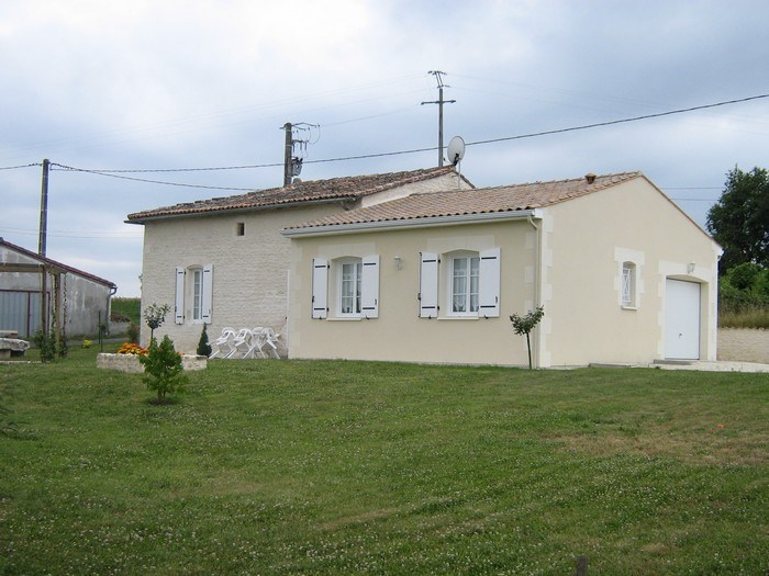 Holiday rentals Ozillac - Cottage - 4 persons - BBQ - Photo N° 1