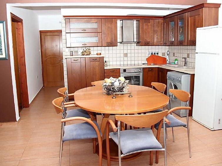 Appartement pour 3 personnes à Pomos