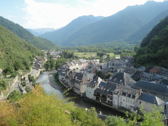 le village de saint béat