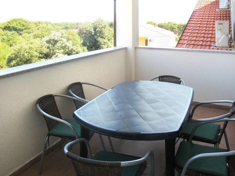 Appartement pour 3 personnes à Ugljan/Ugljan