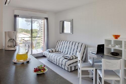 Location vacances Béziers -  Appartement - 2 personnes - Télévision - Photo N° 1