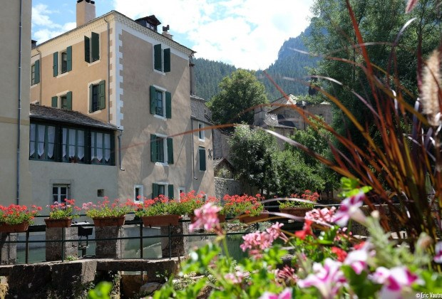 Location vacances Florac -  Appartement - 5 personnes -  - Photo N° 1