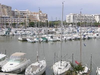 Premiere ligne de port de Carnon