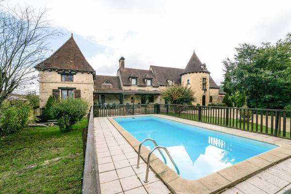 Location Maison Sarlat / Marcillac-le Pigeonnier 16 personnes dès 1.600 euros par semaine