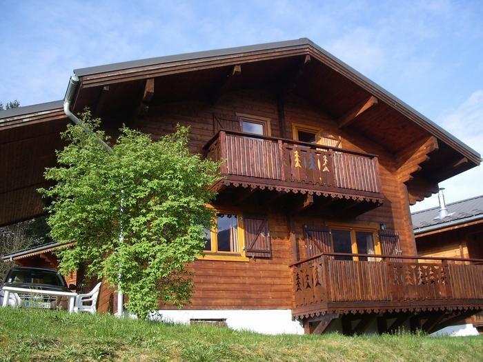 Location vacances Morillon -  Maison - 8 personnes - Salon de jardin - Photo N° 1