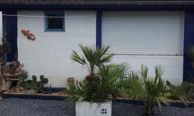 Belle petite maison sur cour