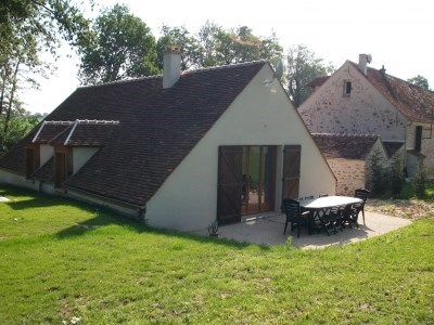 Rural cottages and guest rooms - Aulnoy