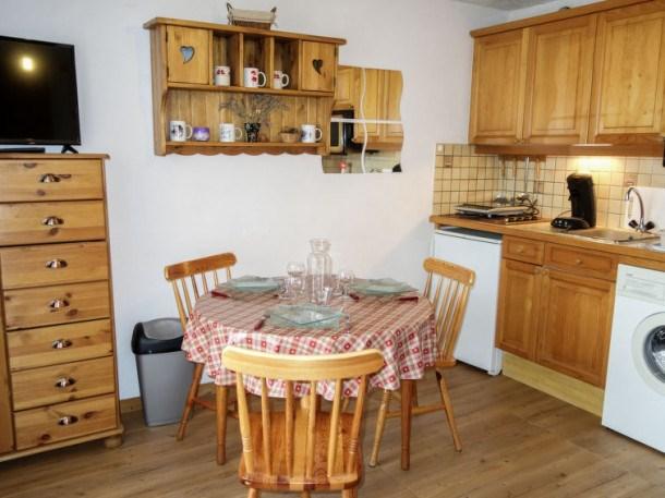 Location vacances Saint-Gervais-les-Bains -  Appartement - 3 personnes - Télévision - Photo N° 1