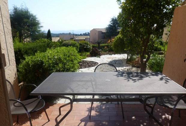 Location vacances La Croix-Valmer -  Appartement - 4 personnes - Court de tennis - Photo N° 1