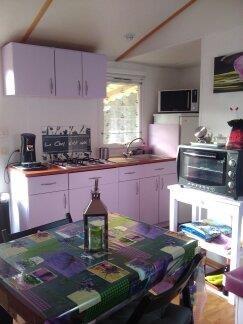Espace cuisine...et une partie du sallon