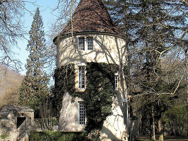 Maison pour 13 personnes à Voutenay sur Cure
