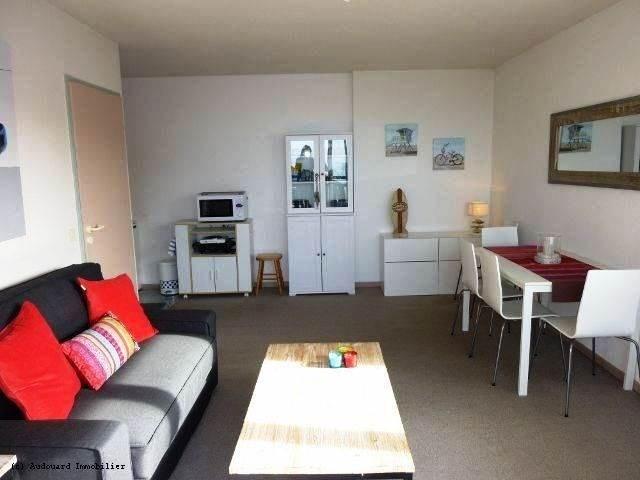 Appartement situé au troisième étage de la résidence du Point d'Or avec ascenseur, proche de la plage.