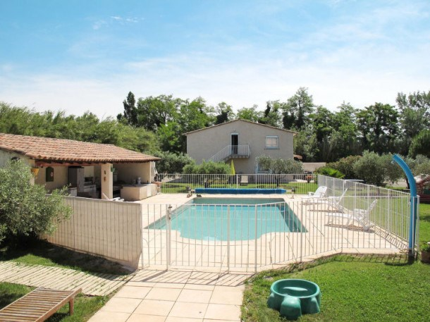 Location vacances Mallemort -  Appartement - 5 personnes - Barbecue - Photo N° 1