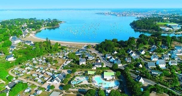 Camping le Cabellou Plage - mobil home Premium Caraïbes 6/8 personnes 3 chambres / 2 SDB