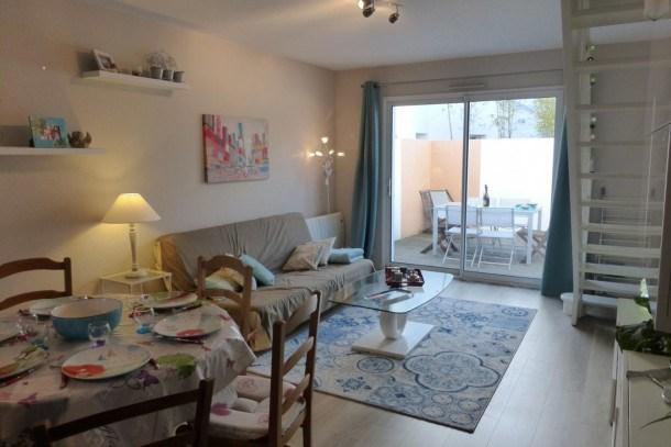 Location vacances Saint-Gilles-Croix-de-Vie -  Maison - 6 personnes - Télévision - Photo N° 1