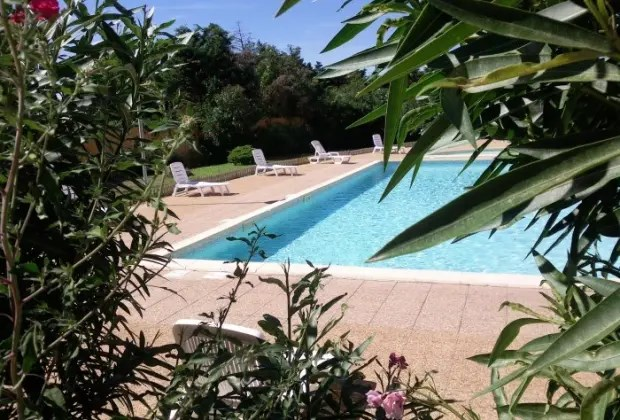Location vacances Port-de-Bouc -  Appartement - 3 personnes - Court de tennis - Photo N° 1