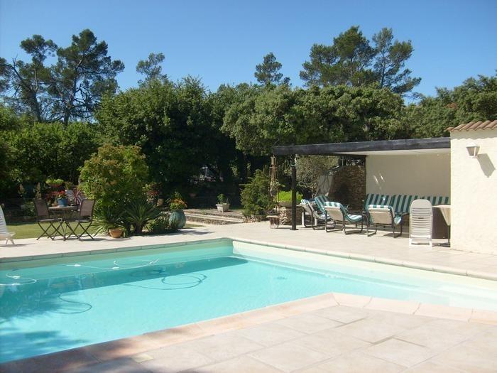 Studio pour 4 pers. avec piscine, Sainte-Anastasie-sur-Issole
