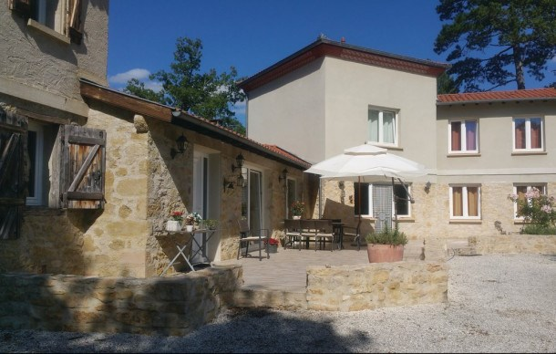 Location vacances Malegoude -  Maison - 8 personnes - Barbecue - Photo N° 1