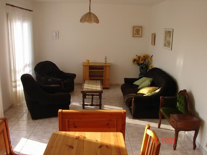 Location vacances Banyeres del Penedès -  Appartement - 6 personnes - Salon de jardin - Photo N° 1