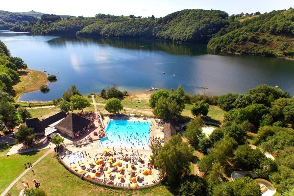 Camping LES TOURS - Mh 3 Ch 6pers + CLIMATISATION -  6 Adultes Max