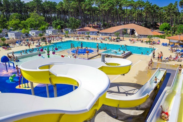 Camping Les OYATS - MH 2ch 5/6pers 25m² + Terrasse Intégrée