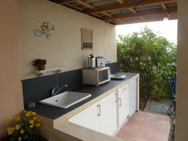 Location vacances Hyères -  Appartement - 4 personnes - Barbecue - Photo N° 1