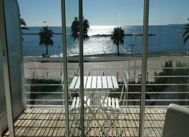 Location vacances Saint-Laurent-du-Var -  Appartement - 3 personnes - Chaise longue - Photo N° 1