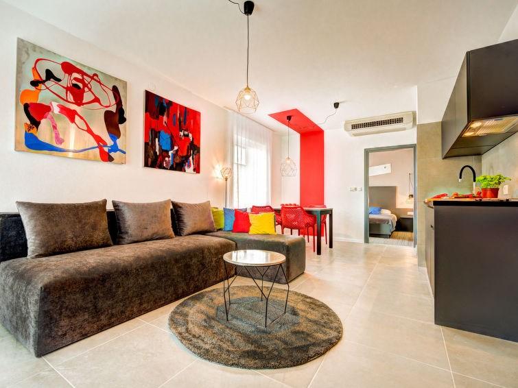Appartement pour 2 à Pula/Puntižela
