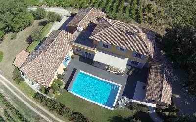 Villa avec piscine charme et grand confort Lubéron