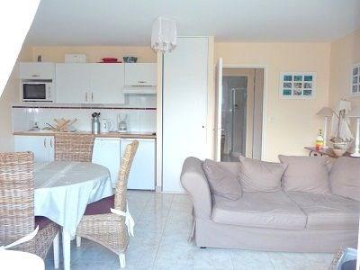 Dans résidence récente, joli appartement décoré avec beaucoup de goût et exposé sud.