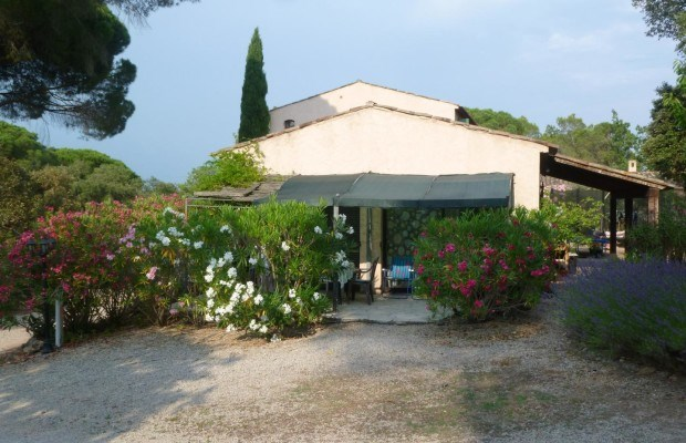 Location vacances Roquebrune-sur-Argens -  Appartement - 2 personnes - Barbecue - Photo N° 1