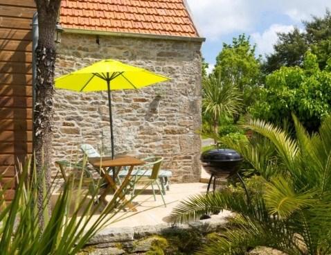 Location vacances Plounérin -  Maison - 2 personnes - Barbecue - Photo N° 1