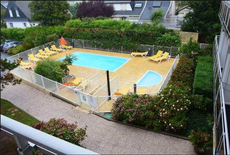 (209) Studio avec piscine + parking, proche plage