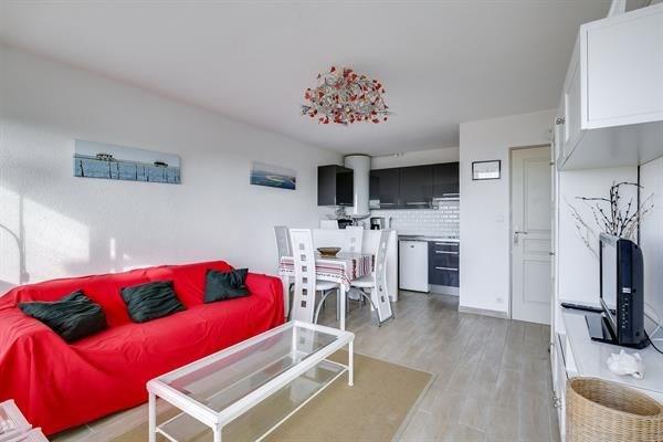 Appartement récent - 4 personnes - vue océan - au centre de la station - 40600 Biscarrosse Plage