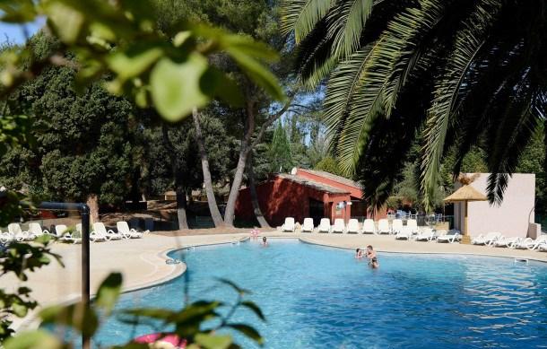 Location vacances Arles -  Appartement - 3 personnes - Congélateur - Photo N° 1